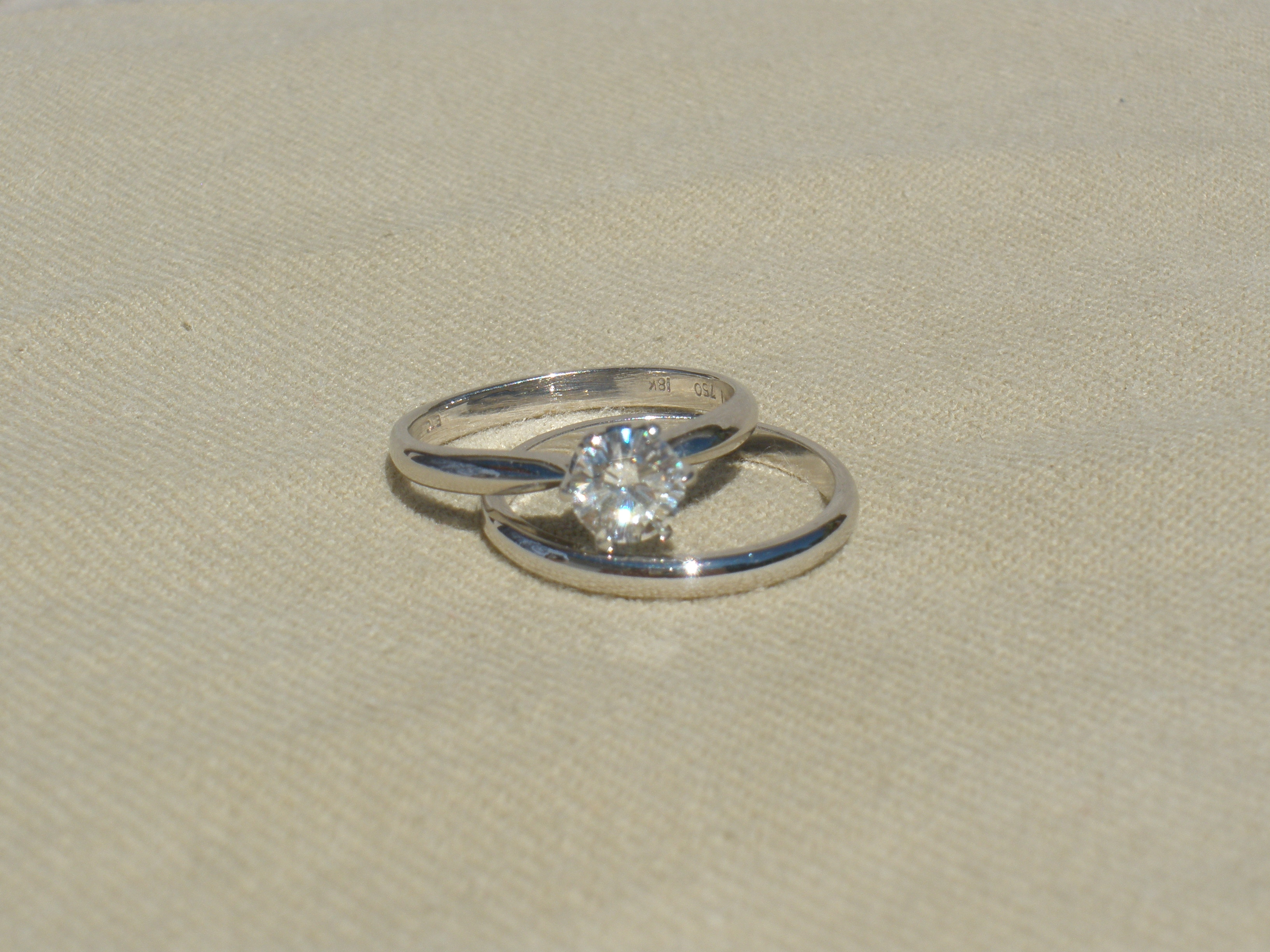 Simple Wedding Ring.Superior Diamond Simple Engagement And Wedding Bands
