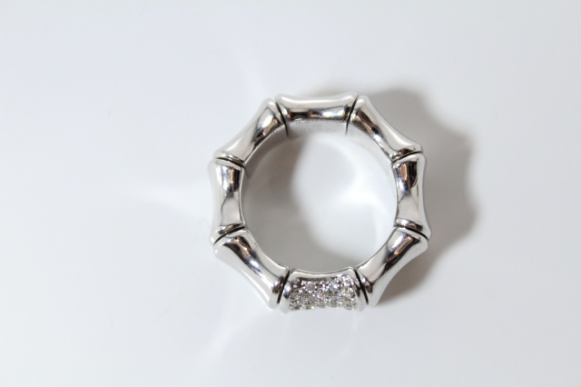 3afafde67808d Gucci Bamboo Ring - 18k White Gold with Diamonds