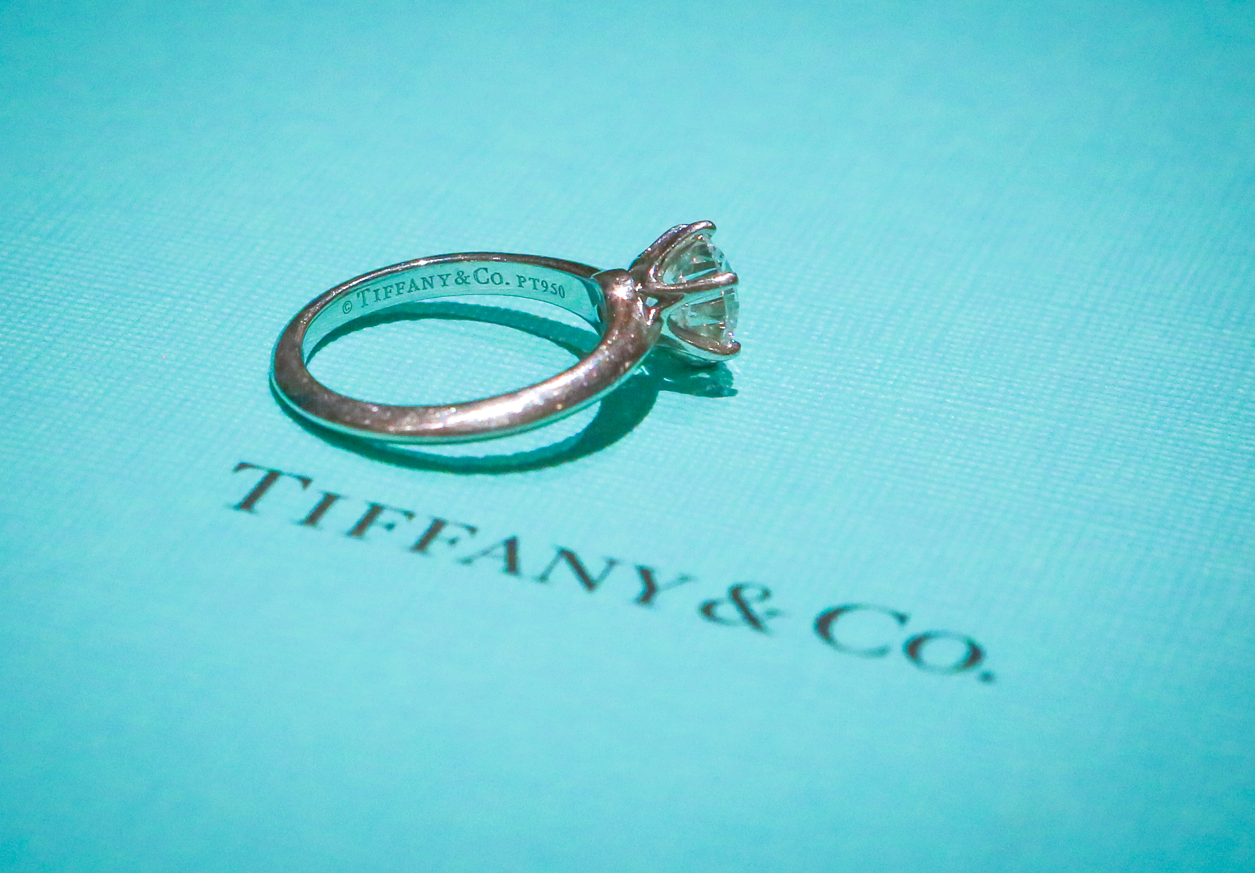5fafef7b6 Tiffany & Co 1.55ct Classic Solitare Ring in Platinum. Tiffany ...