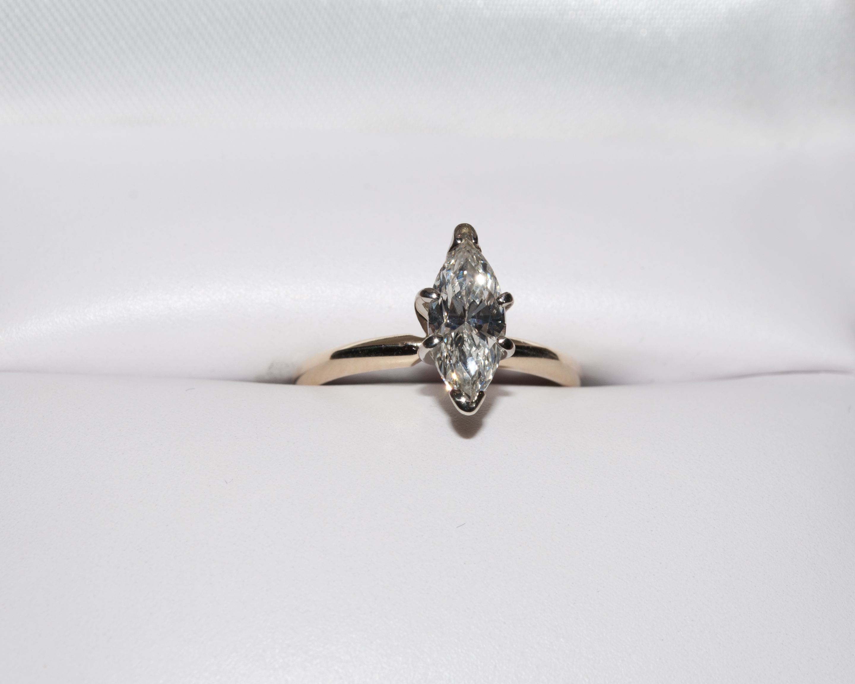 c589eb9cc5598 Marquise Solitaire Engagement Ring 1.02 ct