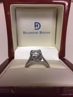 Beautiful 2.01 ct Princess