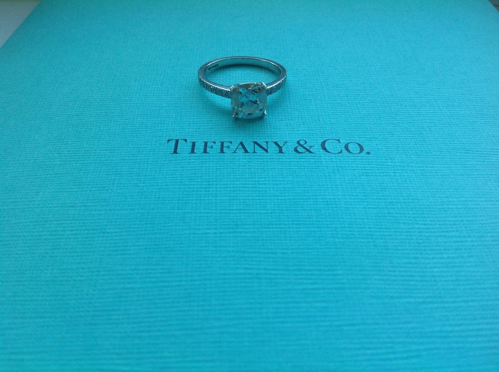 TIFFANY & CO NOVO