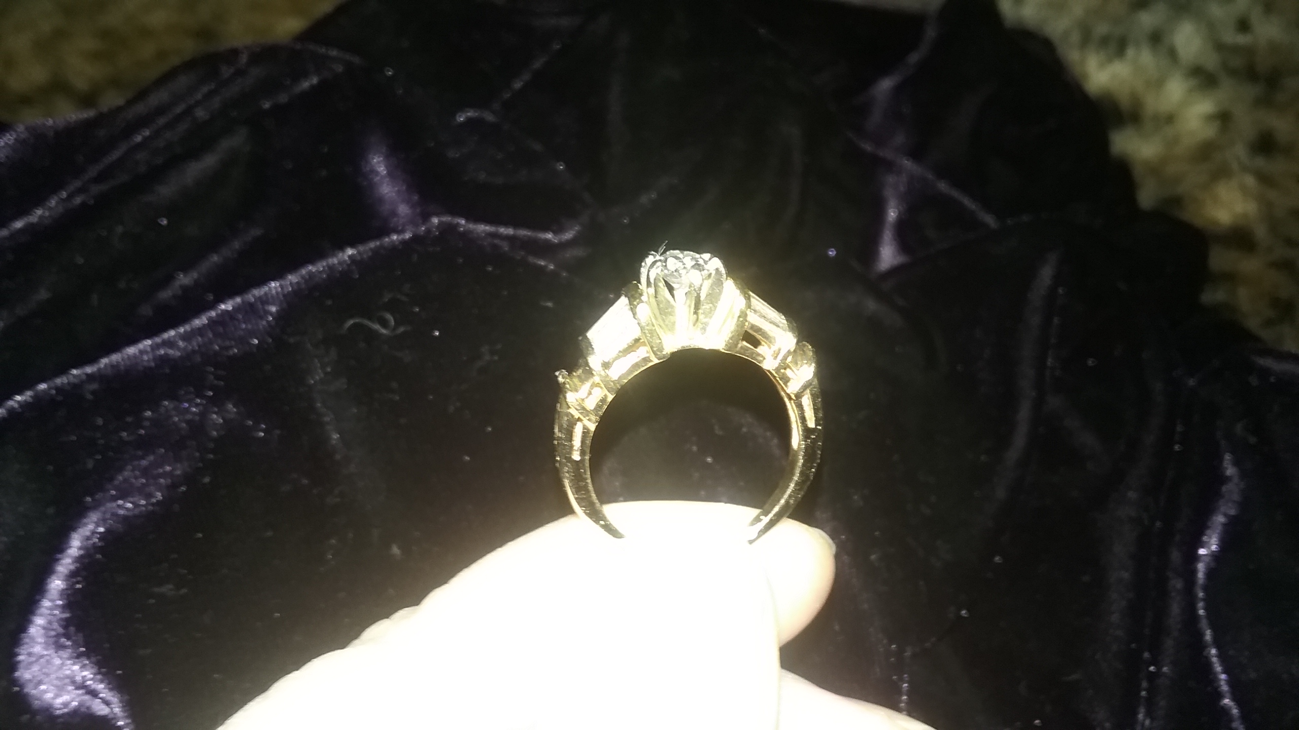 Engagement Ring Oval Diamond