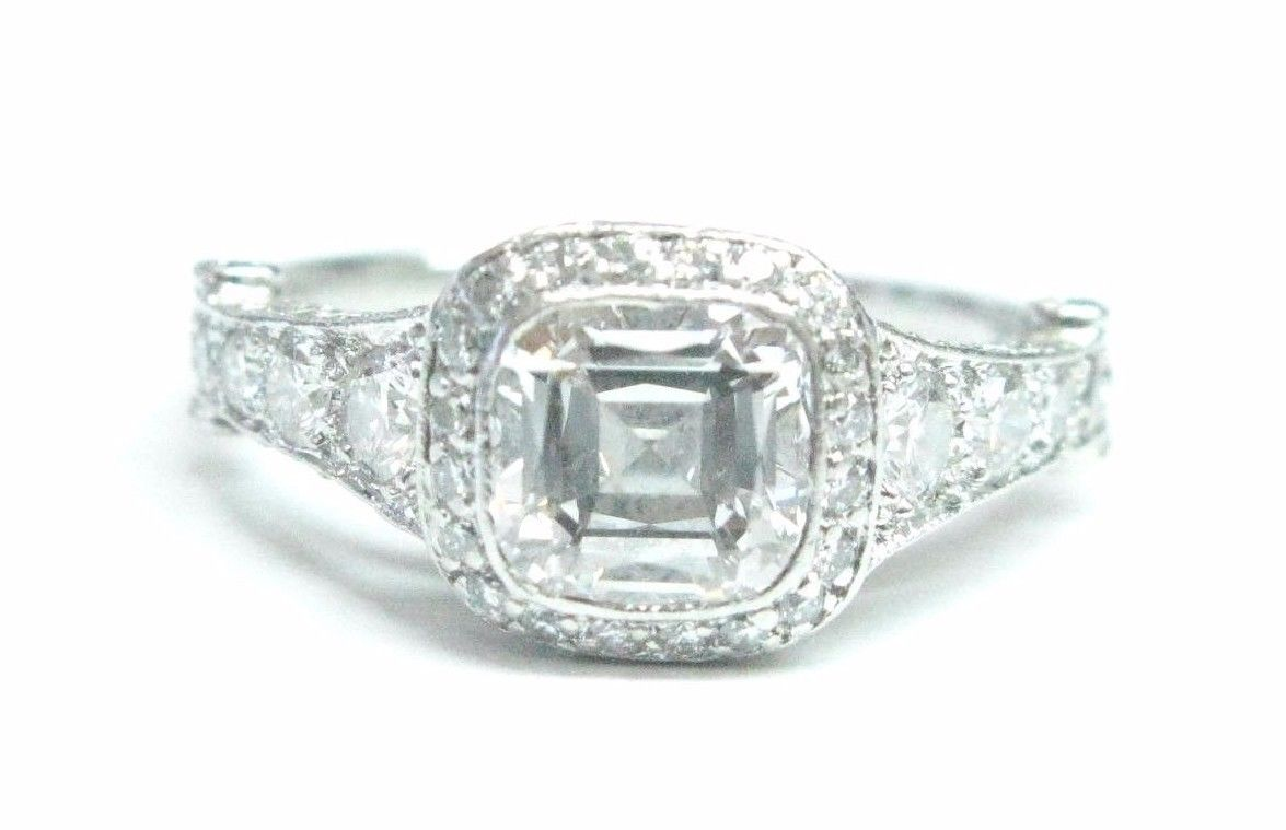 b0d3be19cf0 Tiffany   Co Platinum Legacy Graduated Diamond Engagement Ring 1.89Ct  F-VVS2