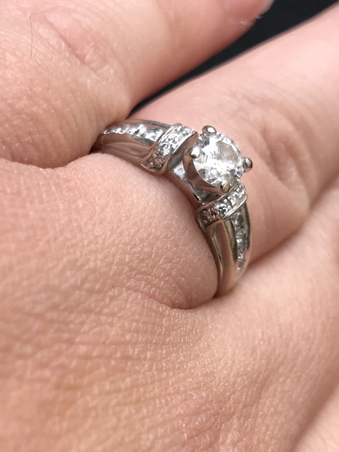 Elegant white gold engagement