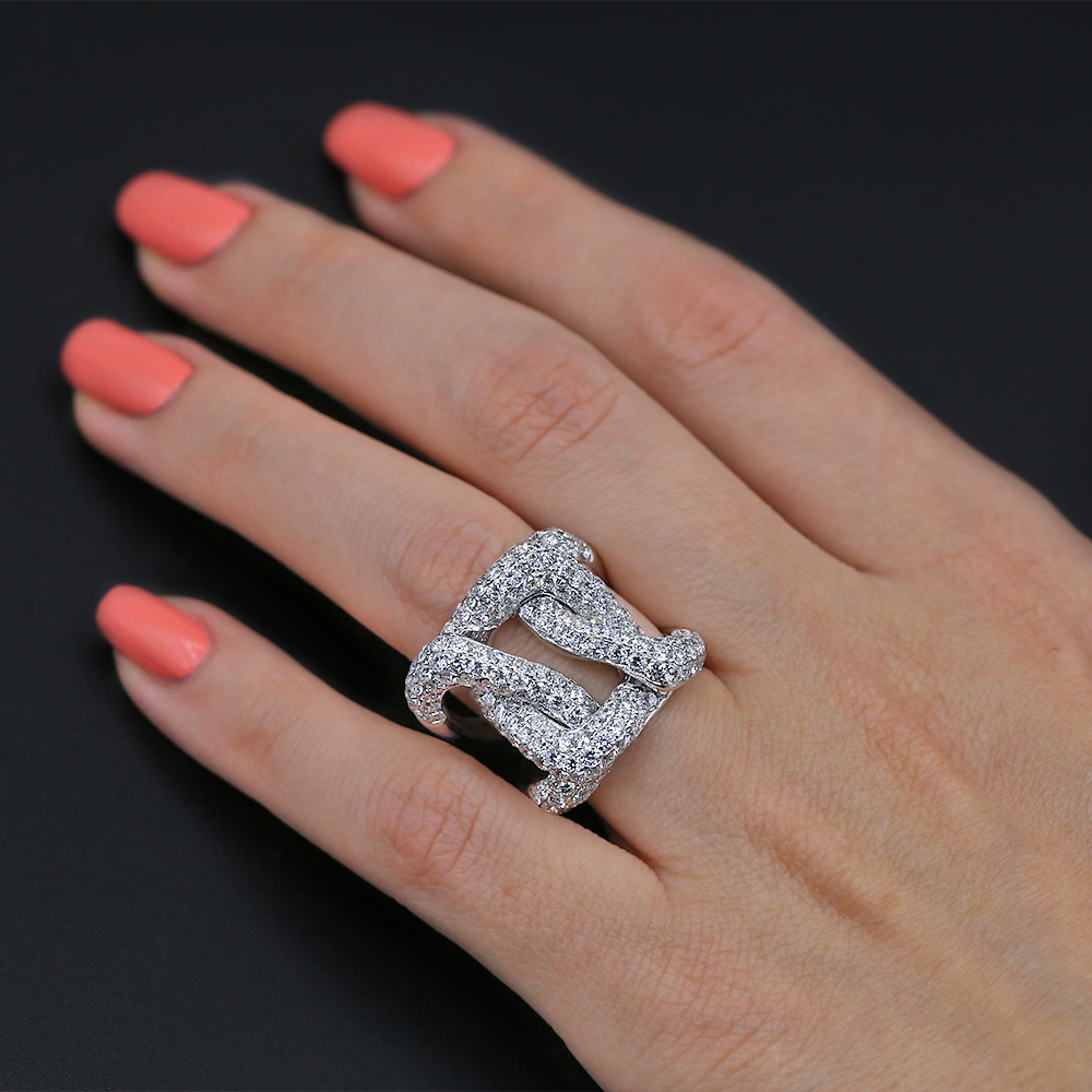 Cocktail Ring with 5.79