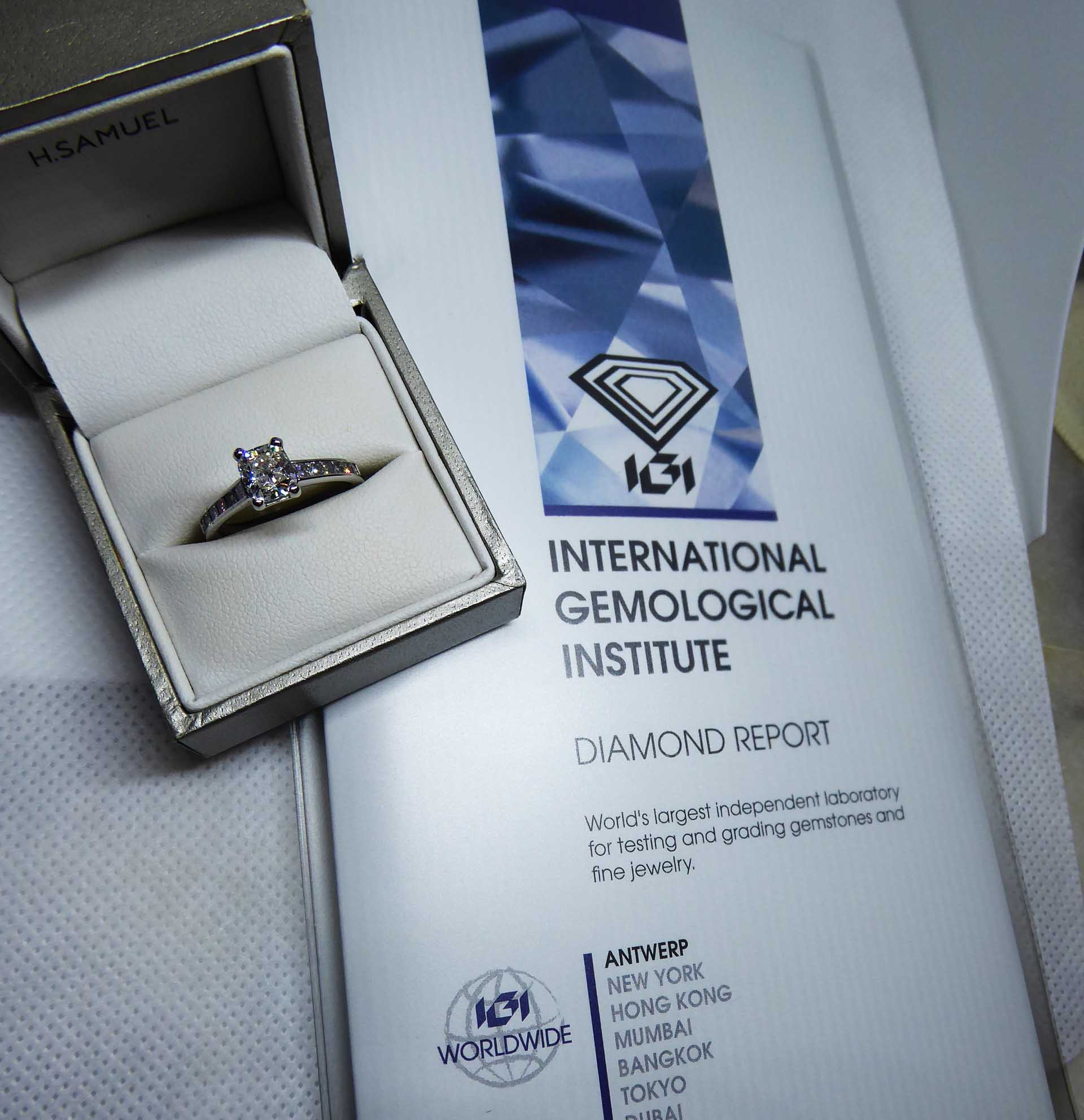 IGI Certified Platinum 1.27ct