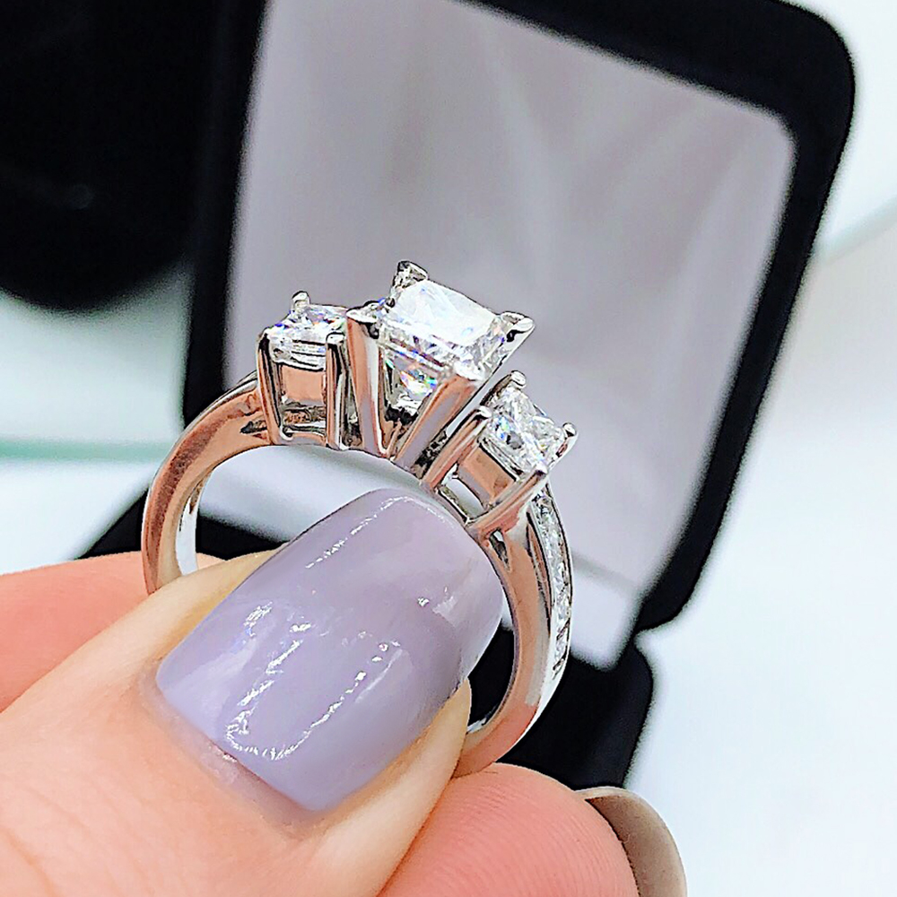 VIDEO! Engagement ring features