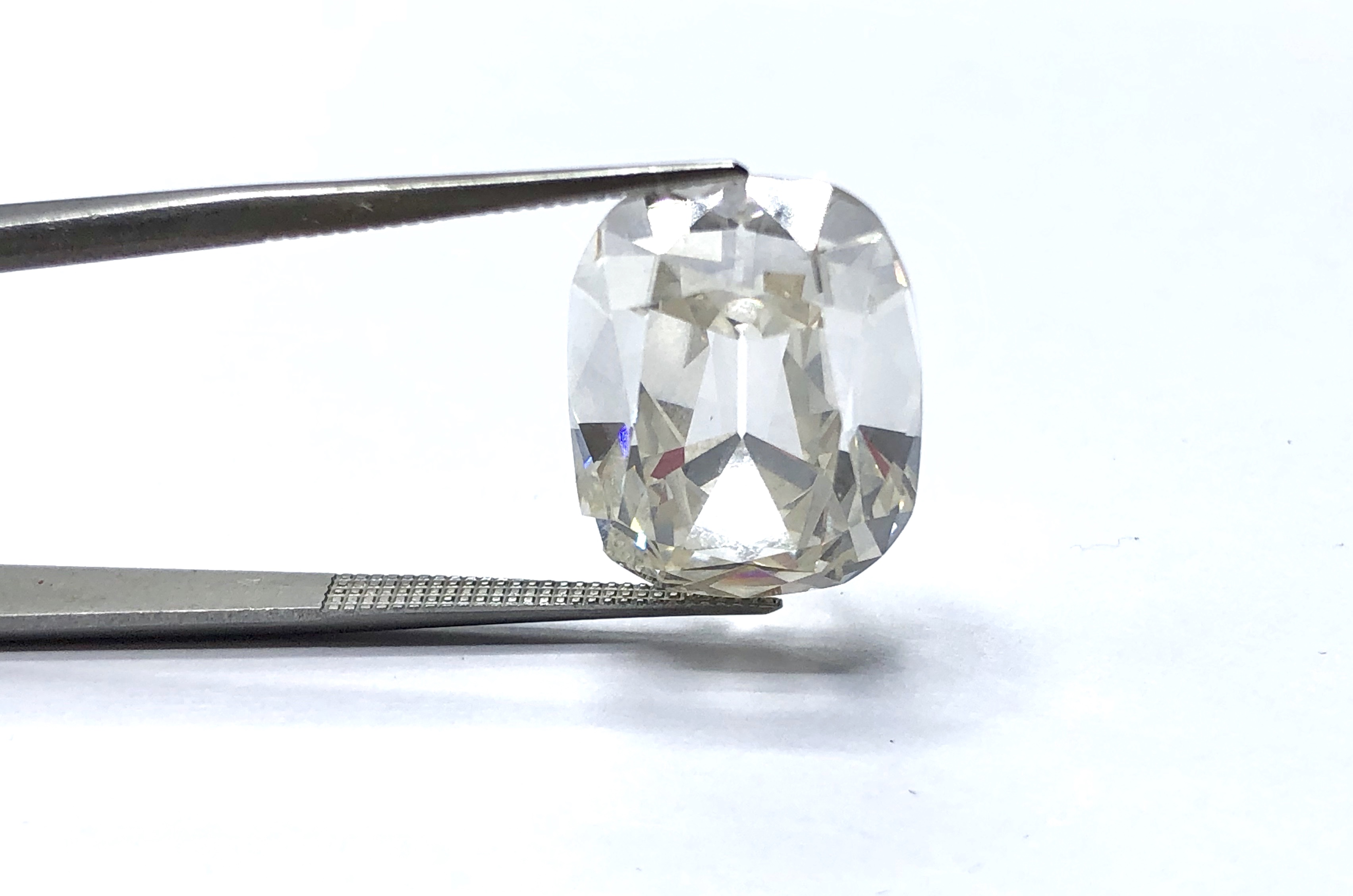 14.61 ct Cushion Diamond,
