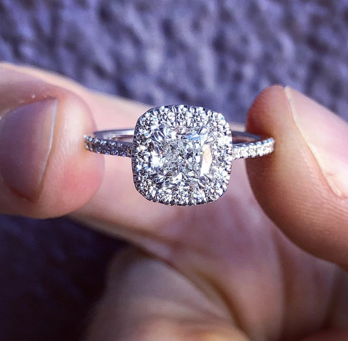 Great Deal Big Look For Less Value 1 71 Carat Certified Cushion Cut Diamond