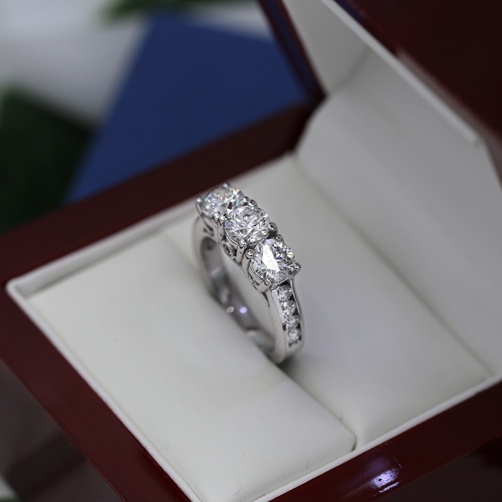 f242d755f12 Beautiful 14k White Gold Engagement Ring featured with 3.00ct TCW ...