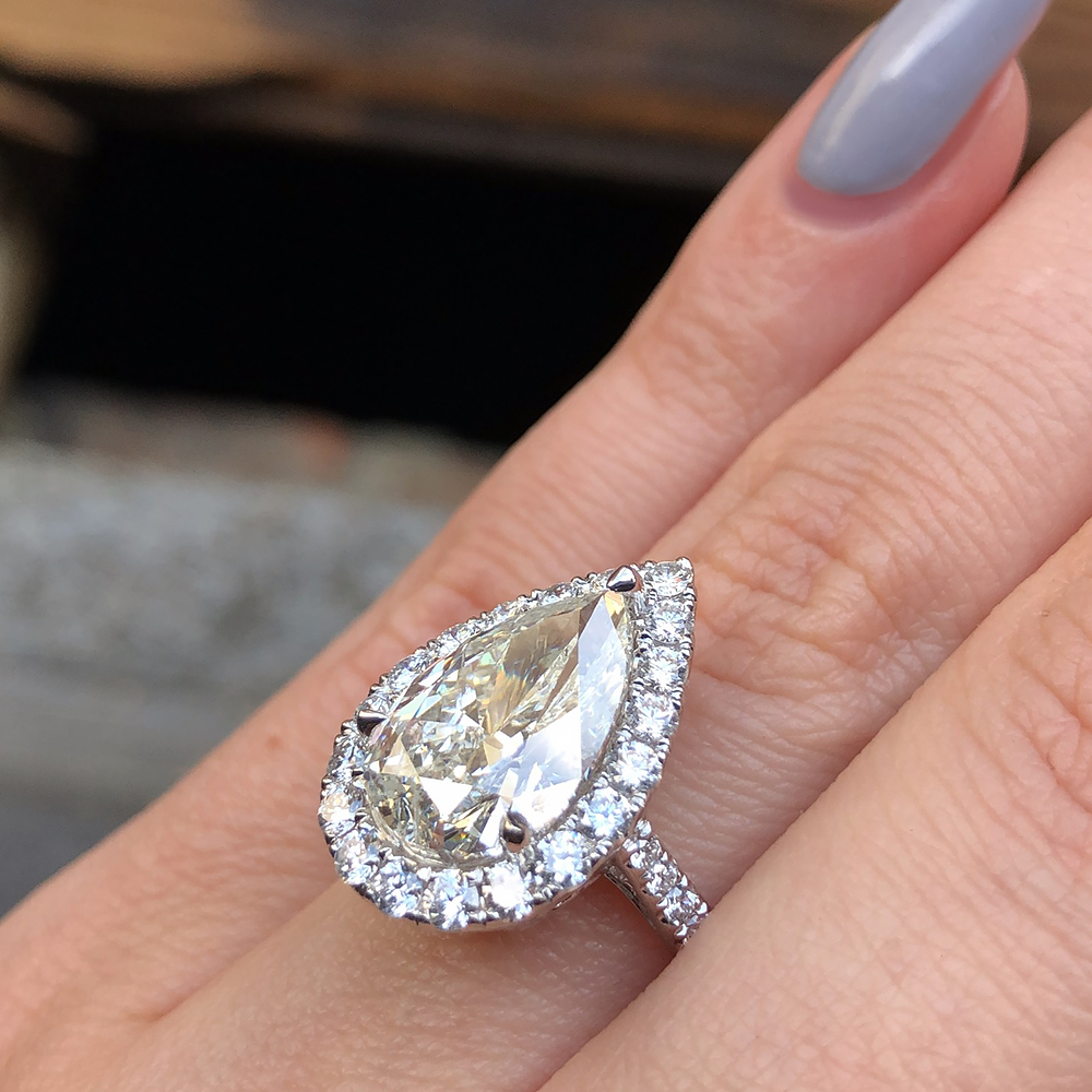 Awesome 18k White Gold