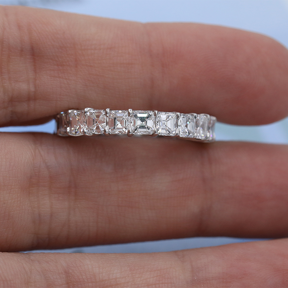 Eternity platinum band