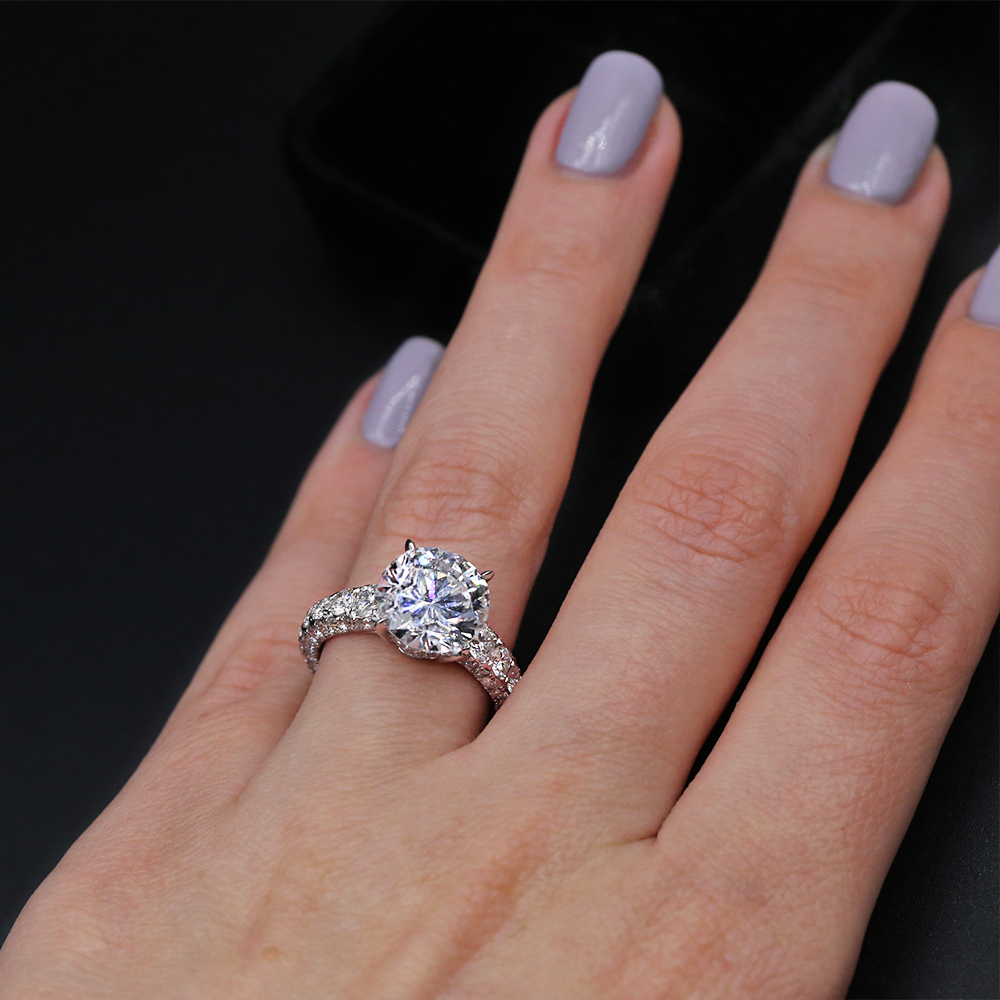 Beautiful 18k White Gold Engagement ring featured with 5.25ct TCW ...