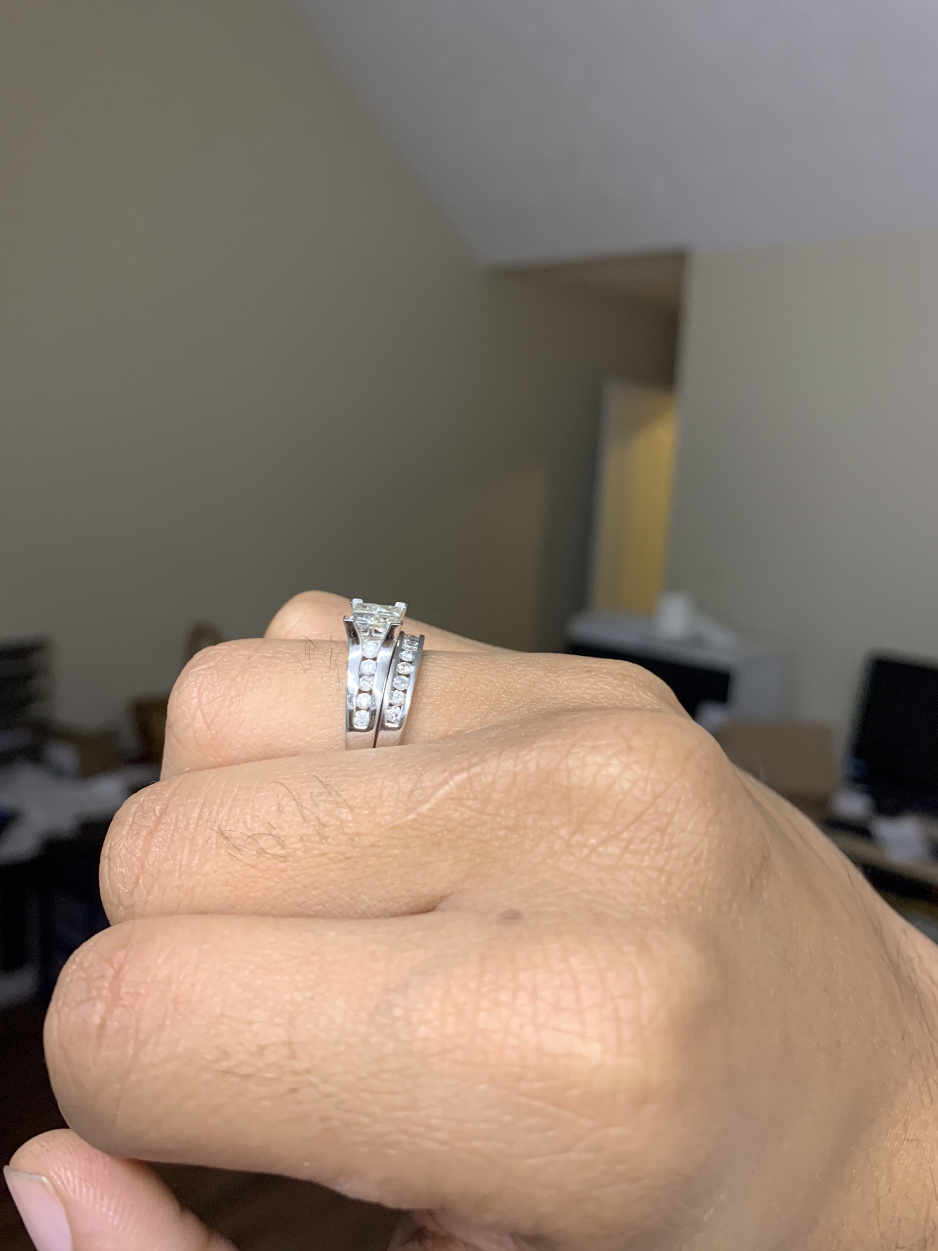 1.00 CARAT (CTW) PRINCESS