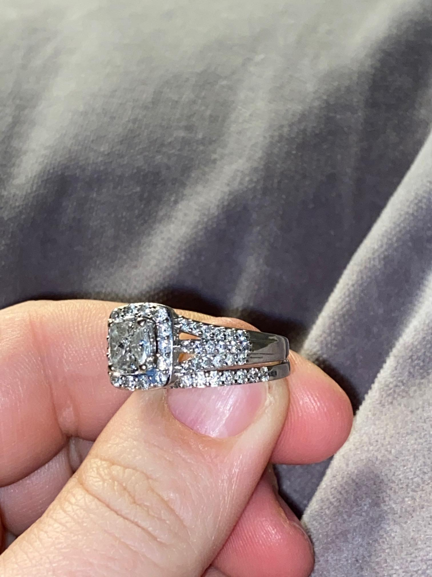 Helzberg 14k White Gold