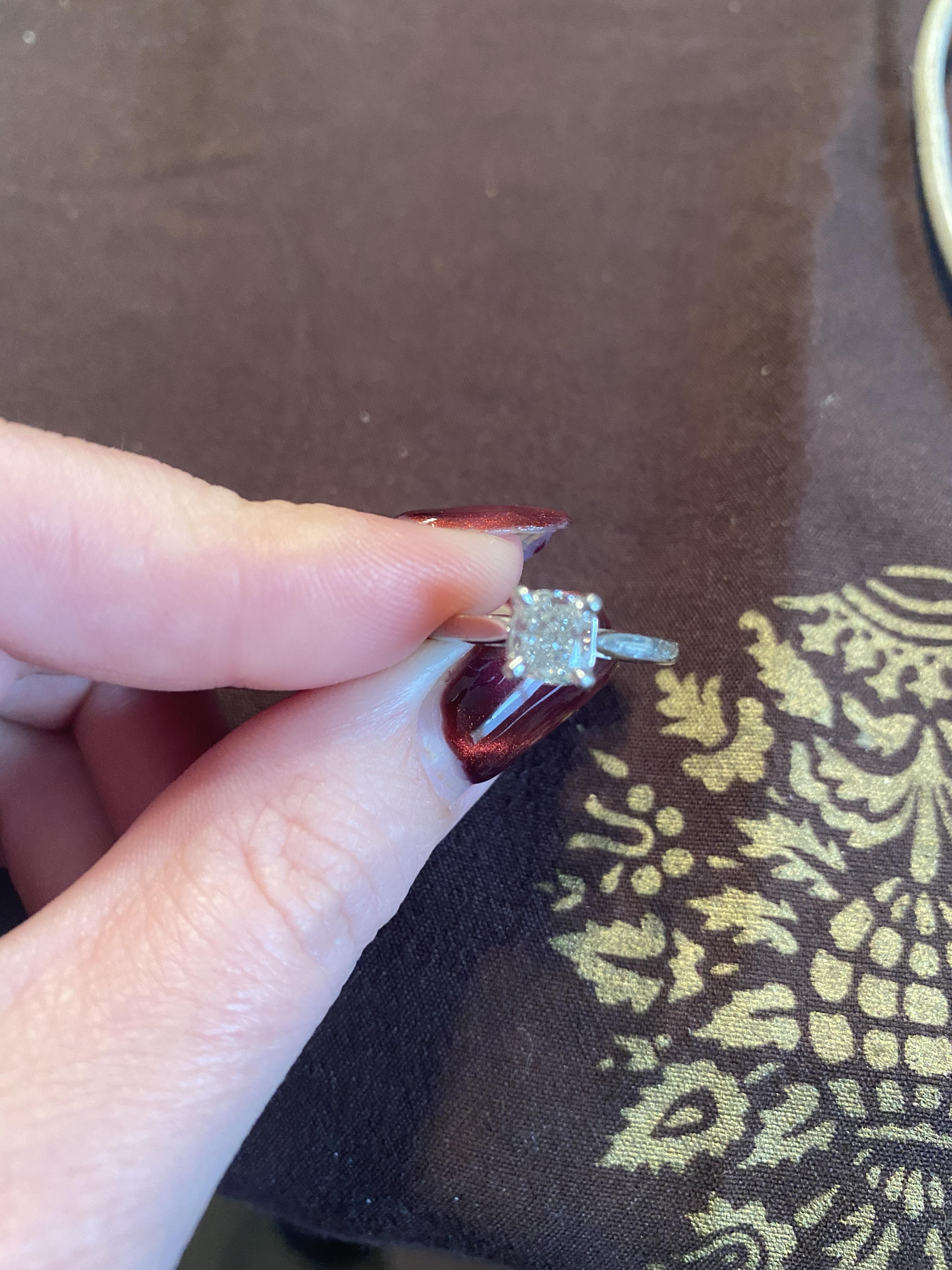 GIA Cushion cut .90