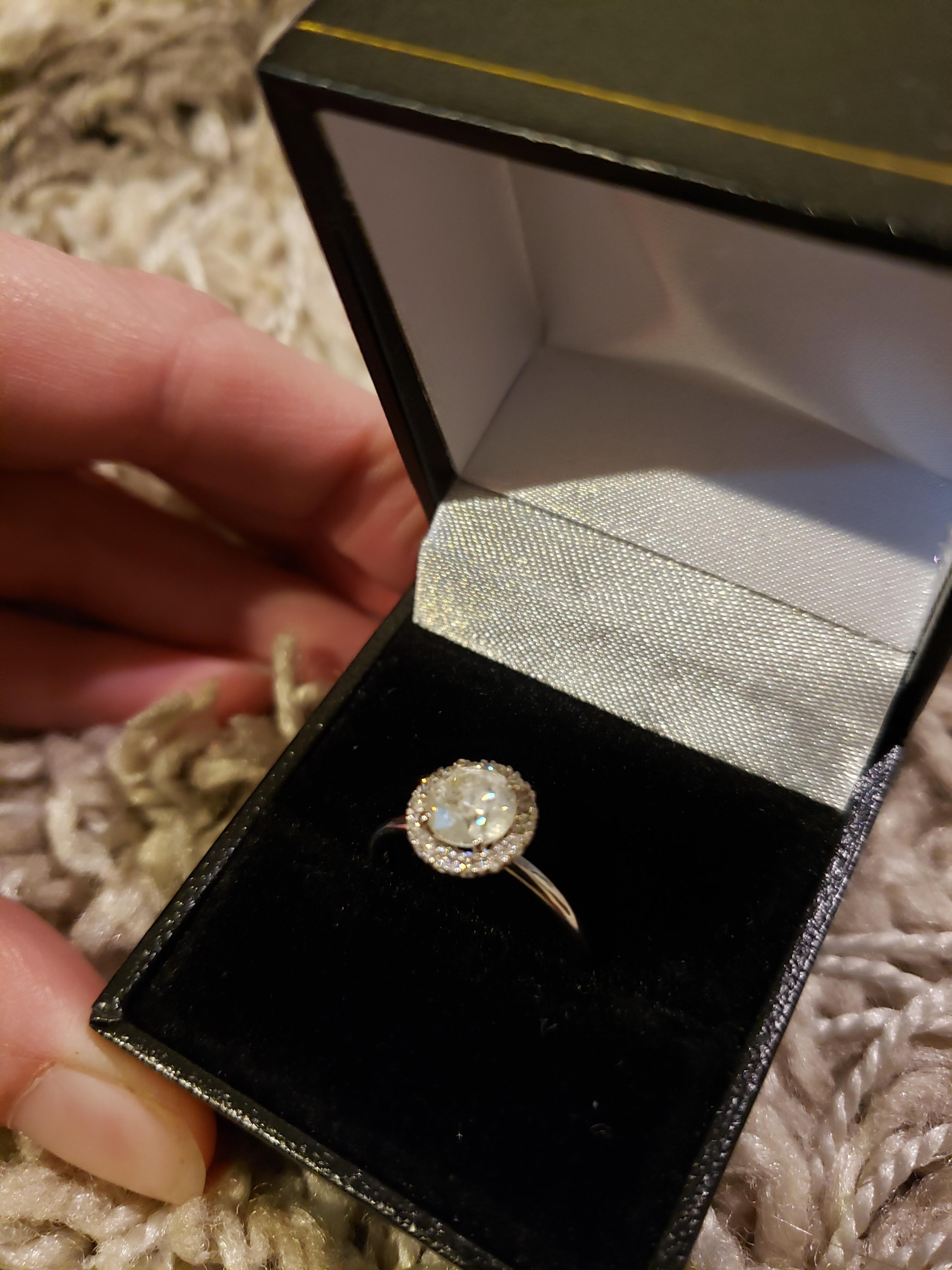 1.22 Carats Solitaire and
