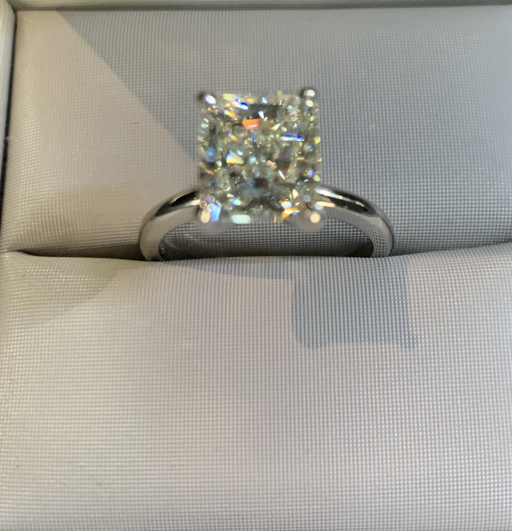 3ct Radiant cut Diamond