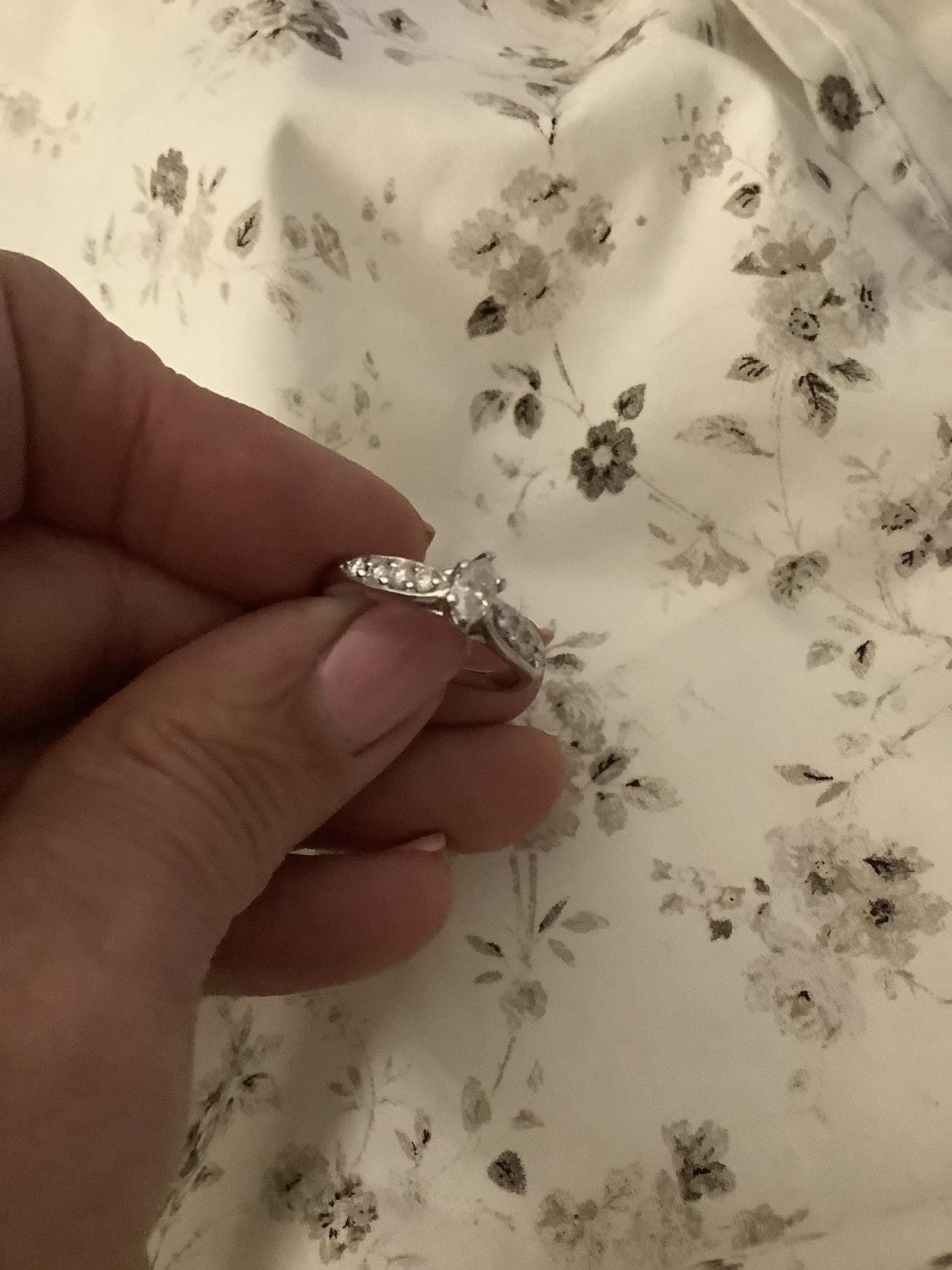 14K 3/4ct natural marquise