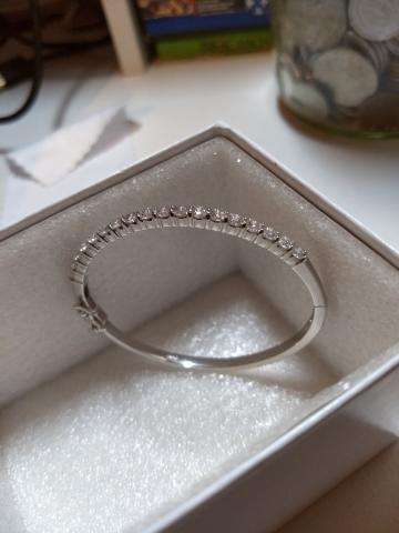 Stunning Diamond Bangle Bracelet!