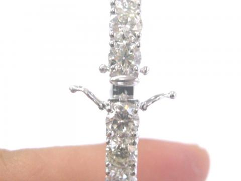 18Kt Round NATURAL Diamond