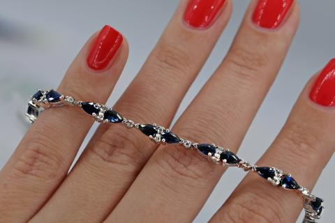 Fantastic Bracelet features 5.00