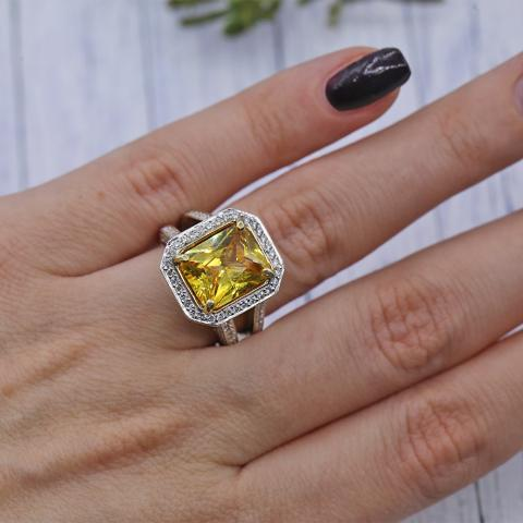 Gorgeous Color Stone Ring Features Citrine As Main Stone And Side Diamonds Crafted In 18k White Gold I Do Now I Don T