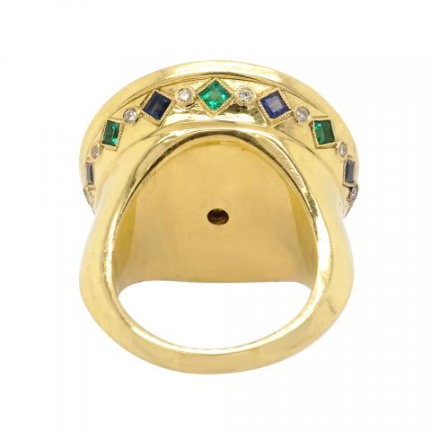 18K Yellow Gold Giant