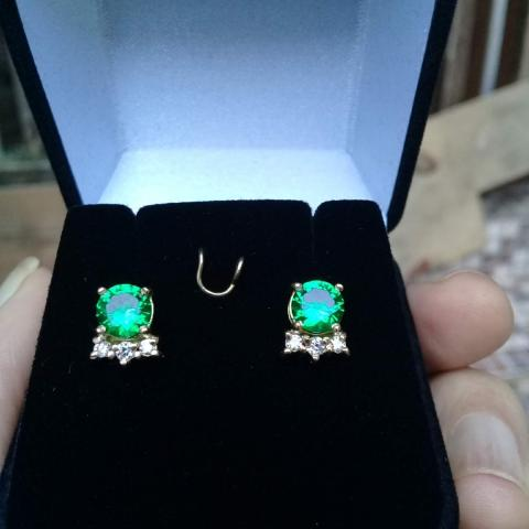 98d3c270a4d5e Amazing Earrings Colombian Emeralds 9.5mm And 6 Diamonds If D Amsterdam