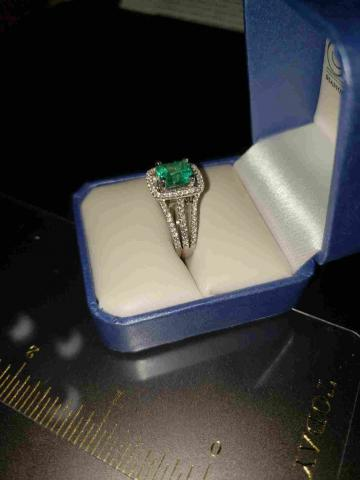 2.68ct Natural Columbian Emerald