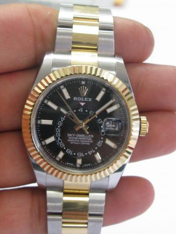 ROLEX SKY,DWELLER 326933 With BLACK DIAL Stainless Steel \u0026 18Kt