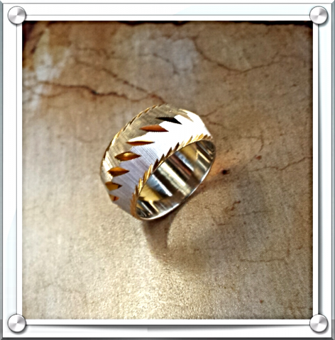 New/Old/Stock Stunning 14K Gold