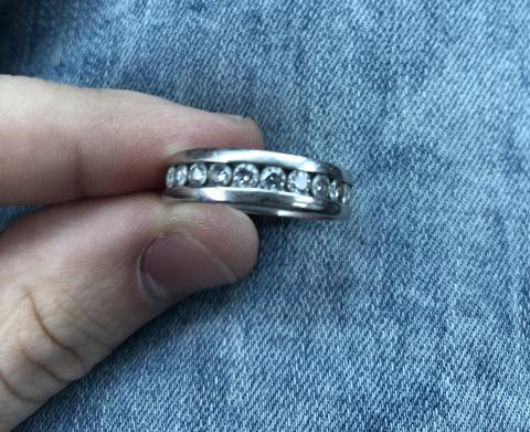 Helzberg Men's size 11