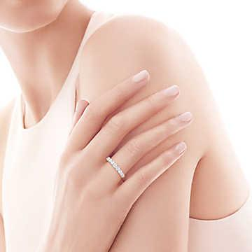 Tiffany Embrace® Band Ring