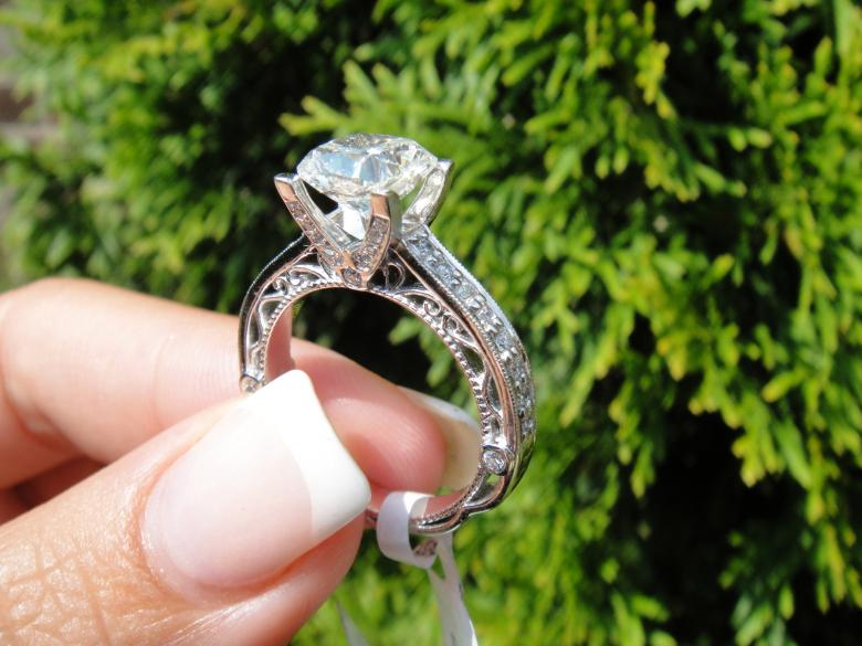 2.20 carat Ring with