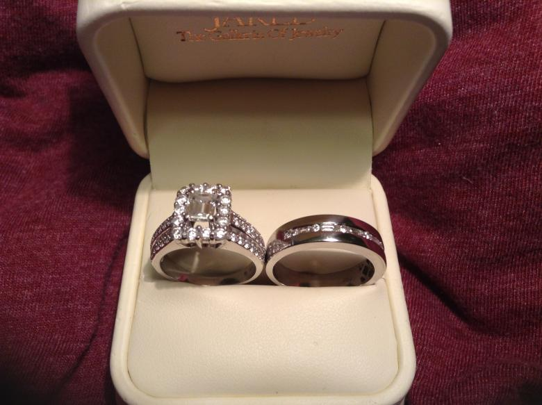 Matching JARED 34Carat Diamond 14K WhiteGold Engagement Ring