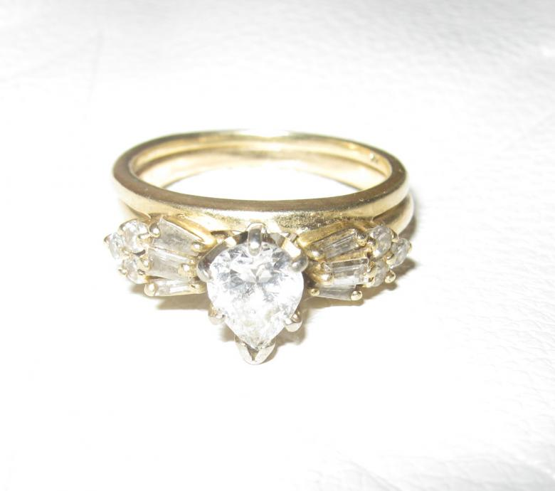 .75 Carat Pear-shaped Diamond Engagement Ring And Wedding