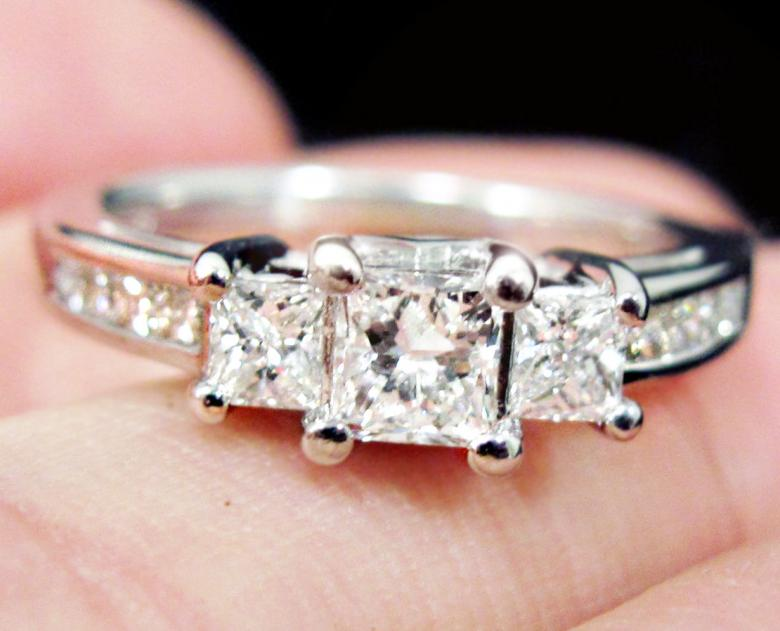 Kay ZEI 1ct 3 Stone 14k Princess Engagement Ring 50 OFF