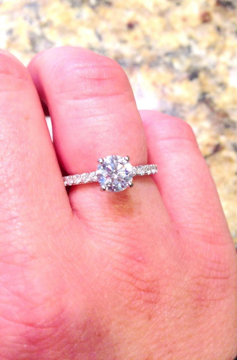 Stunning .90 carat diamond engagement ring, high GIA rating! | I Do ...