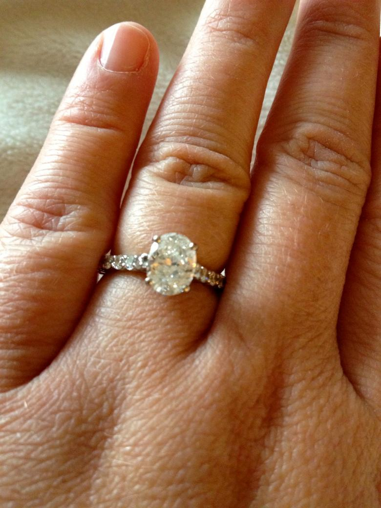 Stunning Oval Engagement Ring 1 39 Carats E Color I Do