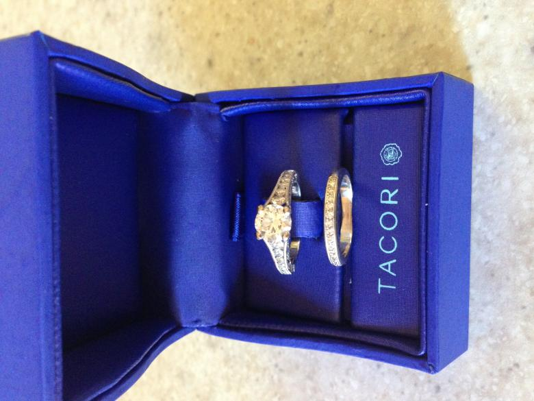 Tacori 18k White Gold Engagement Ring And Wedding Band W