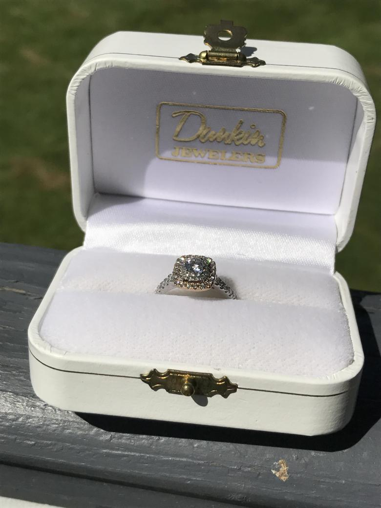 1ct. Halo diamond engagement