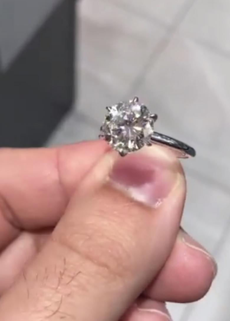 CLASSIC engagment ring Round Diamond 1.01 Carat Certified | I Do Now ...