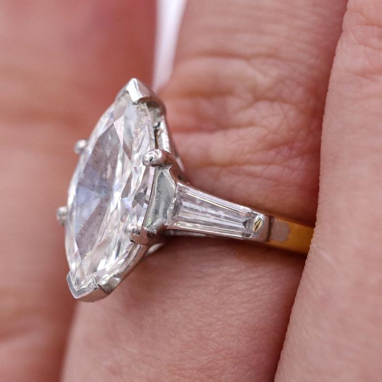 Classic GIA certified 2.01cts