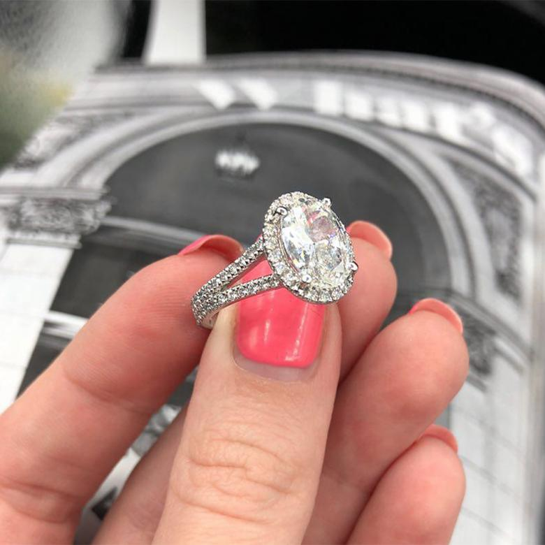 Engagement Ring with 3.01