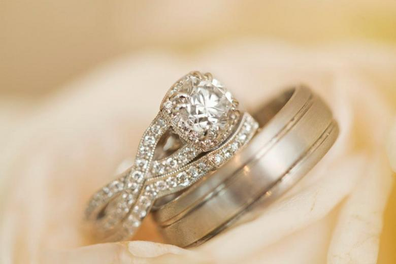 Tacori twist shank engagement