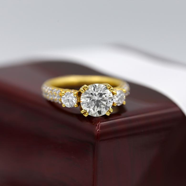 18k Yellow Gold Cocktail
