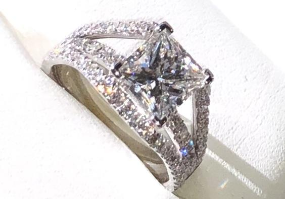 Gorgeous Engagement Ring -