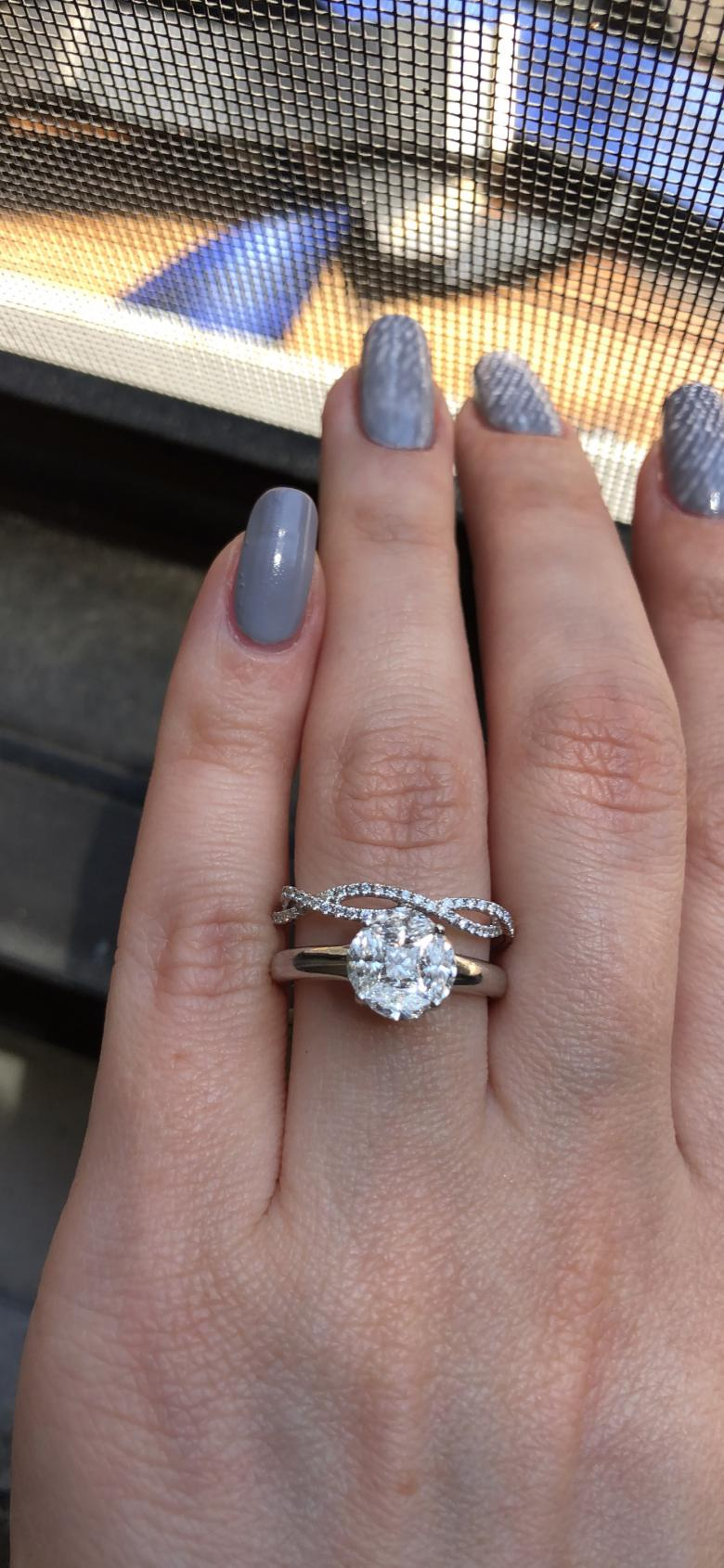 Engagement rings set!!